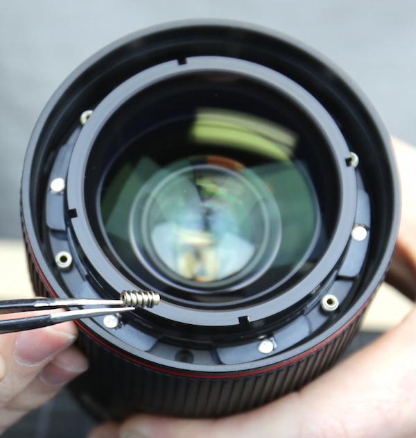 'Built like a tank where it counts' – LensRentals tears down Canon EF 35mm F1.4 L II